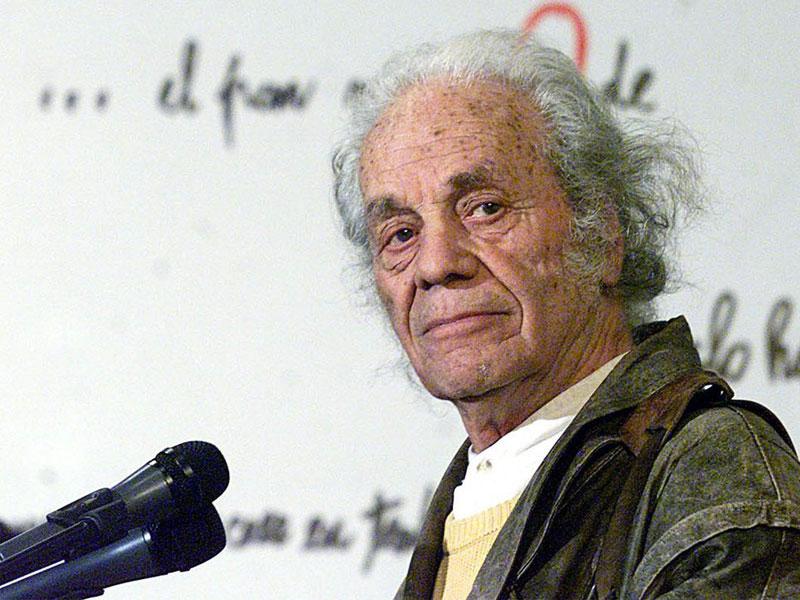 Voy y Vuelvo: Nicanor Parra (1914-2018)