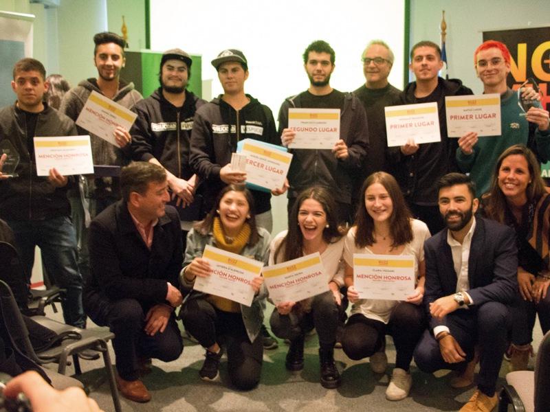 Premiación segunda edición concurso Buzz Awards UDP